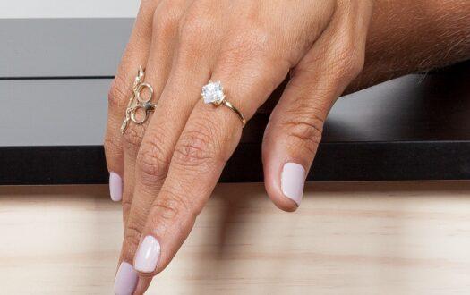 Você não precisa estar noiva para usar um anel solitário!